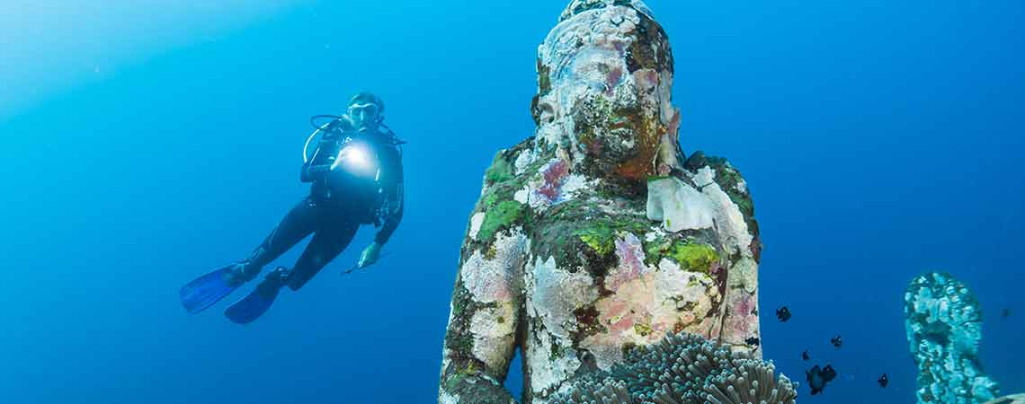 7 perfect scuba diving destinations for beginners in Asia