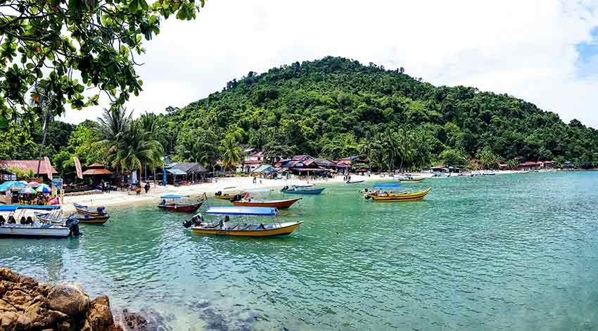 Scuba diving destinations in Malaysia for beginners: Pulau Kecil, Perenthians island